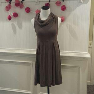Forever Women's Turtle Neck Sleeveless Dress M